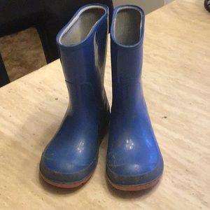 BOGO 50% off. Toddler rain boots. 7/8